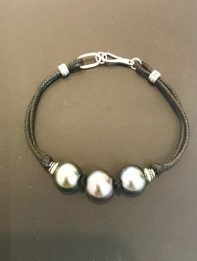 Bracelet man with silver 3 pearls